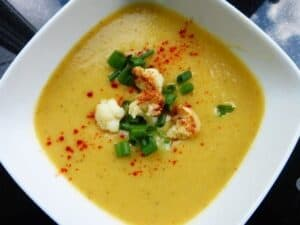 cauliflower-bisque-soup-with-paprika-and-chives-1-300x225 Cauliflower Bisque Soup with Paprika and Chives