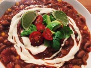 30253574357_82d44ddf6f_o-300x225 Crockpot Three-Bean Mega Veggie Chili